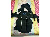 Chicco baby sling used twice!