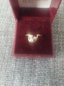 3 Diamond 18 ct Yellow Gold Ring