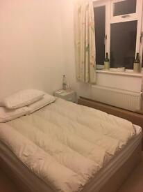 Double bedroom in old town MON-FRI ONLY. All bills included.