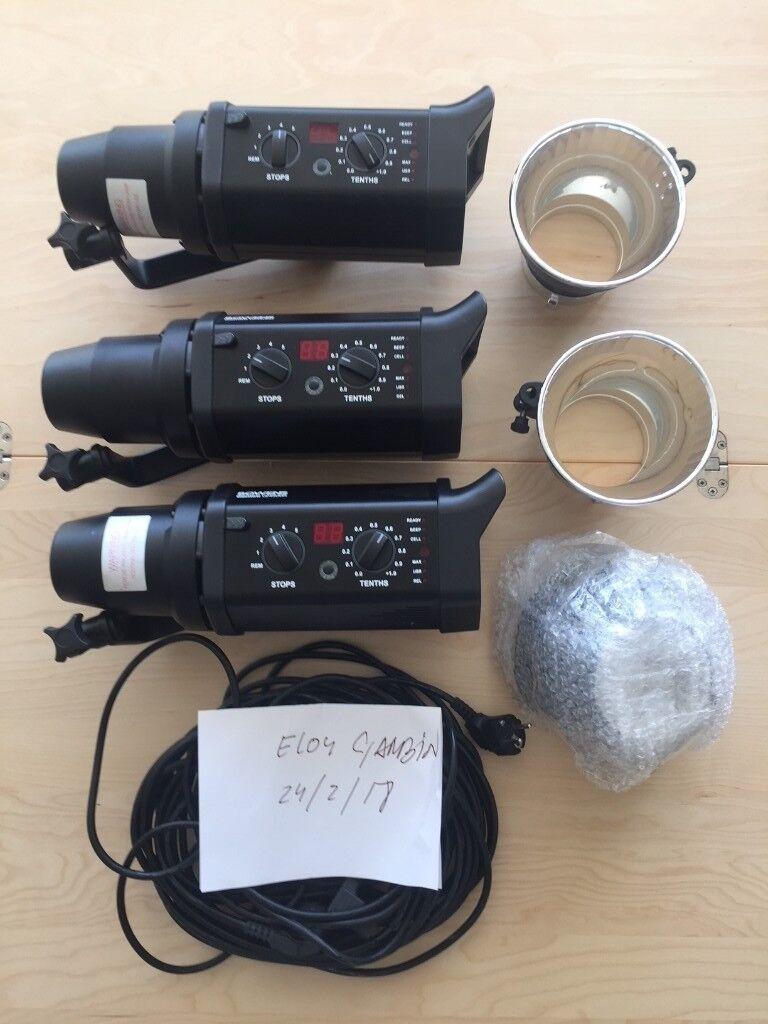 Bowens Gemini 500r + Stand + Reflector + Spare Bulbs