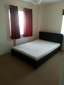 Two rooms with en-suite in orchard park (near science park)