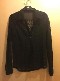 BLACK SIZE 8 WOMANS SHIRT