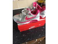 Nike air trainers (size 4)
