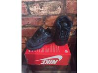 Nike Air Max Plus UK Kids Size 3.5 Brand New Trainers
