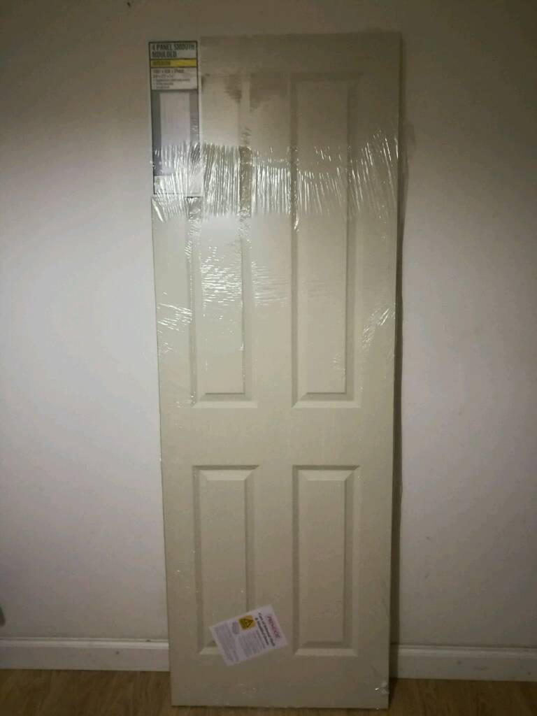 Brand New Moulded 4 Panel Smooth Hollow Core Internal Doors 1981mm X
