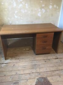 Desk/workbench with matching drawers/filing cabinet