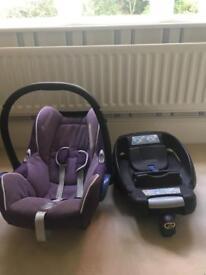 Maxi-Cosi car seat and Iso-fix base