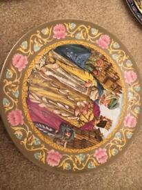 Wedgewood - Limited edition 8 plates