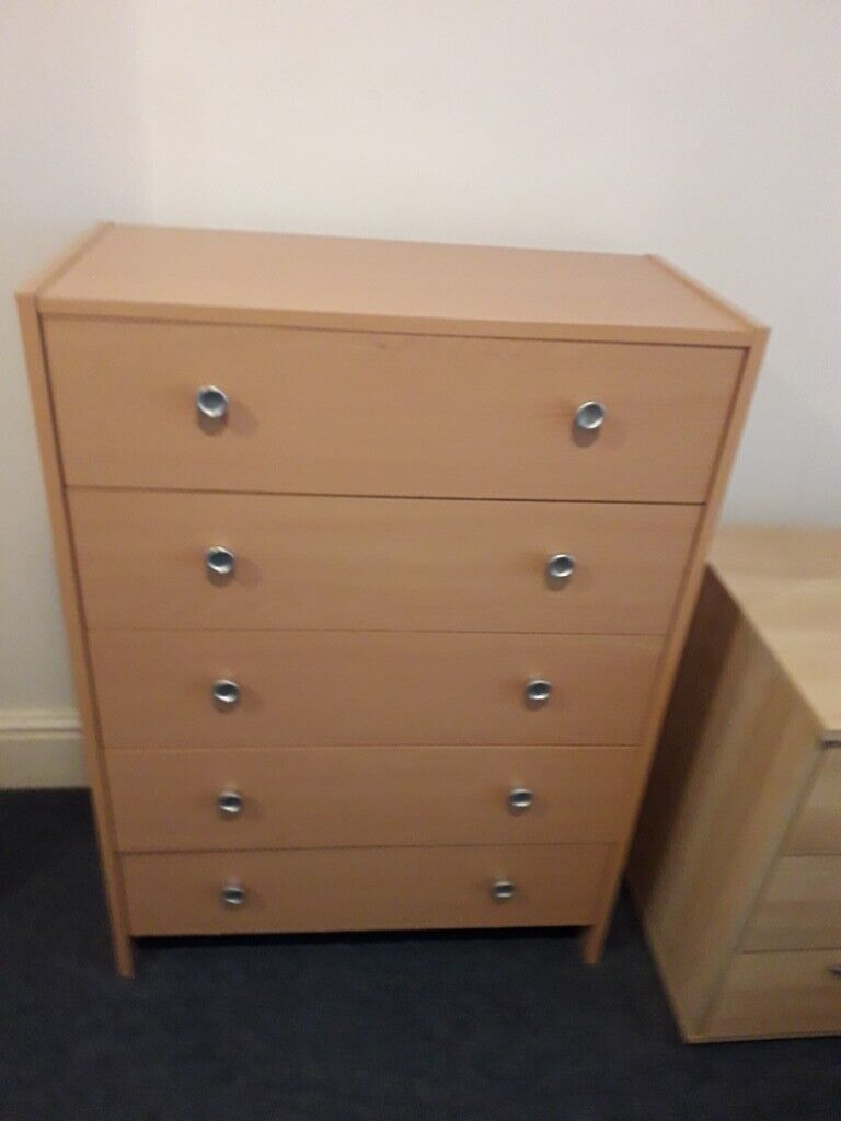 separation shoes 9fee7 ae9e8 Chest of 5 drawers 1 year old REDUCED TO £10 | in Acton, London | Gumtree