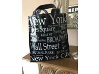 New York lunch bag