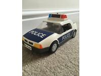 Playmobil police car and 4 people