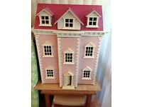 Immaculate dolls house, furniture and figurines