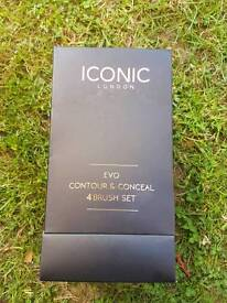 Iconic London Evo brushes