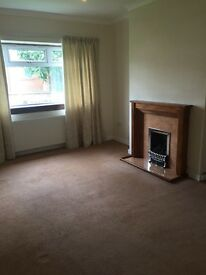 2 bed unfurnished flat to rent