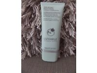 Liz Earle Skin Repair Light Moisturiser 50mls