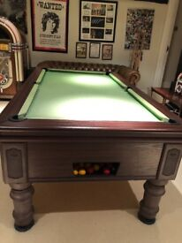 6ft pool table , good condition, brown wood surround. Pick up only, no delivery
