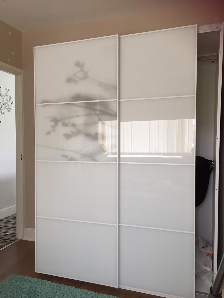 Ikea wardrobe cupboard pax white sliding doors only in for Sliding glass doors gumtree