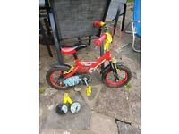 Childs bike with stabalizers Age 3-5
