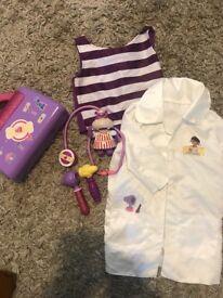 Doc mcstuffin bundle dress up age approx 3-4