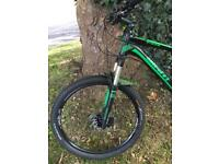 Giant Stance 27.5 Full Suspension Mountain bike. Mint condition!