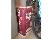 Sawdust/Hay/Guinea Pig Food