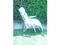 4 reclining garden chairs(2 of them are new)