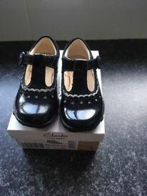 Girls Clark's light up shoes
