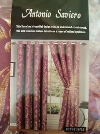 BRAND NEW LINED CURTAINS WUTH TIEBACKS