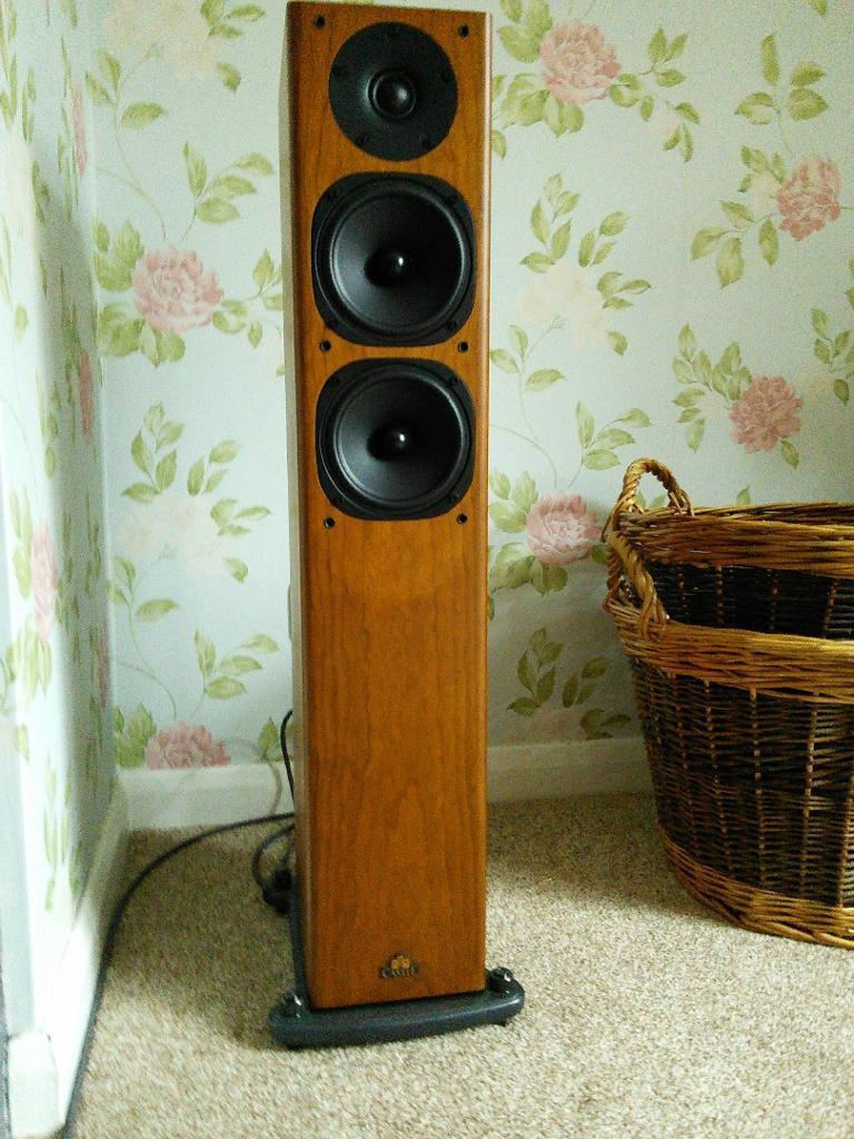 Mint Castle Knight 4 Floor Standers 5 Month Old Cost 400