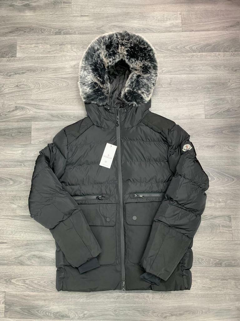 Moncler Jackets with fur hood s - xl   in Deansgate, Manchester ... 44c866fe749