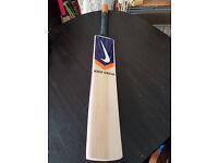 Powerfull English Willow Cricket Bat HUGE 38 mm Edge 10 Top Grains 2.8 Weight