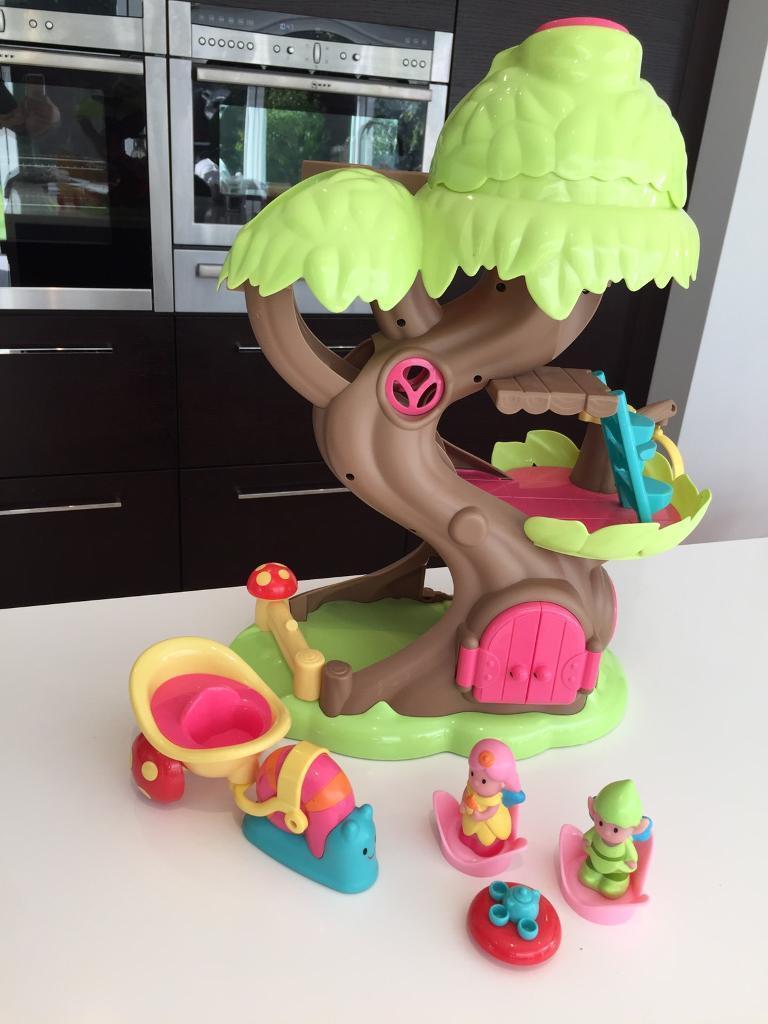 Happyland Tree house