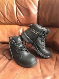 Size 3 Steel Toe Cap Boots (Vixen)