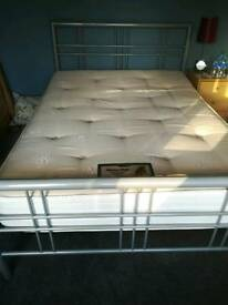 Double bed 4ft 6""
