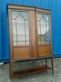 Old display unit can be used for books or china
