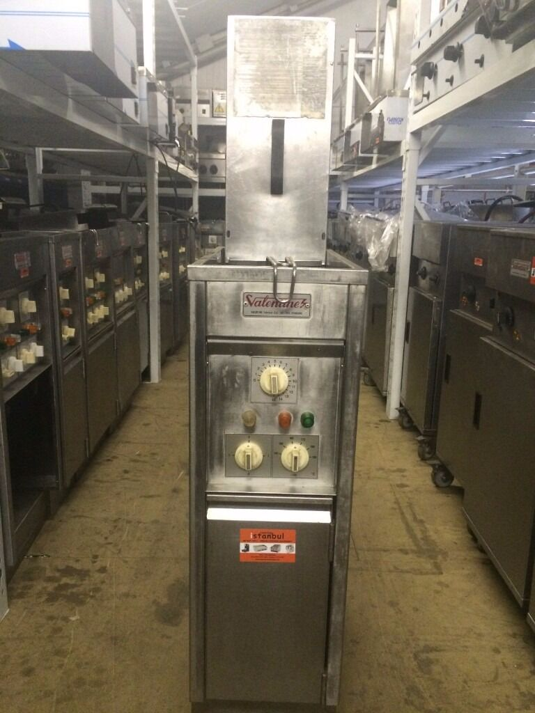 VALENTINE Commercial Single Well/Basket Electric Chips Fryer For Kebab Takeaway Cafe Diner Hotel Pubin East London, LondonGumtree - VALENTINE ELECTRIC CHIPS FRYER 3 PHASE 11 KW ELEMENTS IN EACH TANK (ITS ALSO KNOWN AS TURBO VALENTINE) FULLY SERVICED AND REWIRED WITH BRAND NEW HIGH LIMIT AND THERMOSTAT VERY GOOD CONDITION WE DO HAVE 30 VALENTINE IN STOCK SINGLE AND 3 PHASE. WE...