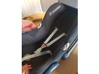 Maxi Cosi FamilyFix Iso Fix plus Car Seat