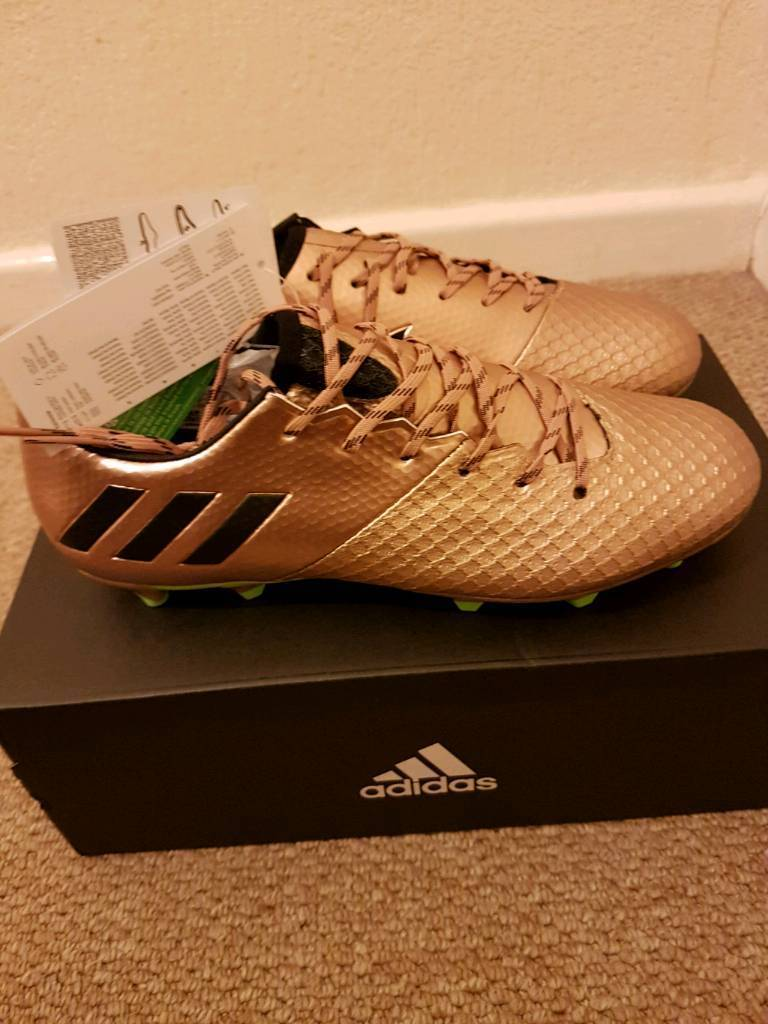 Adidas Messi 16.2 FG. Size 8.New in box.