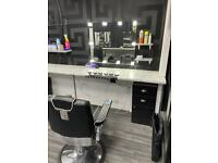 BARBER CHAIR TO RENT