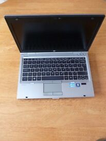 HP Elitebook 2560p laptop 8gb ram Intel 2.6ghz x 4 Core i5 - 2nd gen processor