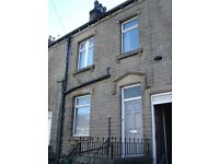 Mid Terrace House - Large Property, 10 Min Walk To University - Manchester Road, Thornton Lodge, HD1