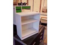Shelves 64x60x30 cm
