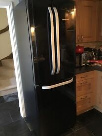Hotpoint American style fridge freezer. Spares or repairs