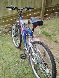 Raleigh Yukon 21 gear Adult Bike. As New