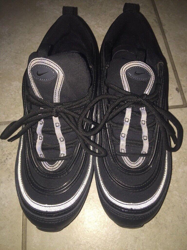 1b44baee7a619 Nike trainers