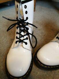 Dr Martens white leather boots super condition a storage mark which may lift with a good cleaner.