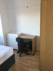 Double Room (OX3 0JJ), King Size Bed, Quiet, Clean, 550 ppm