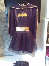 Size 8,9 bat girl dress up costume excellent condition