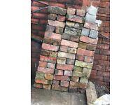 1500 Traditional Soild Reclaimed Red Bricks for Sale