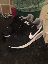 Boys Nike Airmax Trainers size 3 and 4 for sale